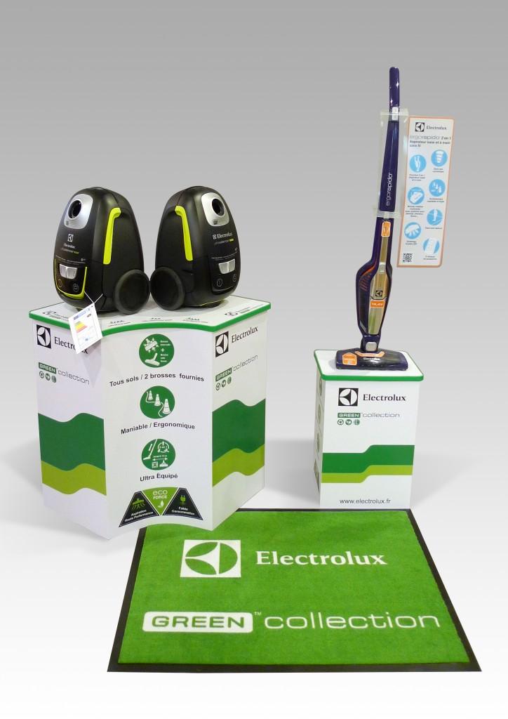 Podium en carton alvéolaire Reboard impression et usinage numérique CN