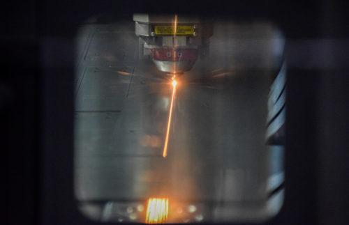 decoupe laser pour PLV présentoir display